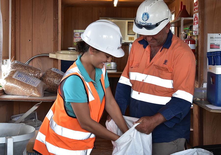 migrant_workers_highvis