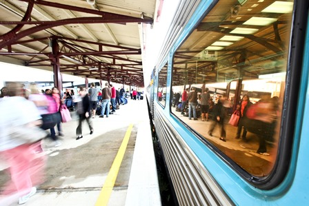 train_at_station